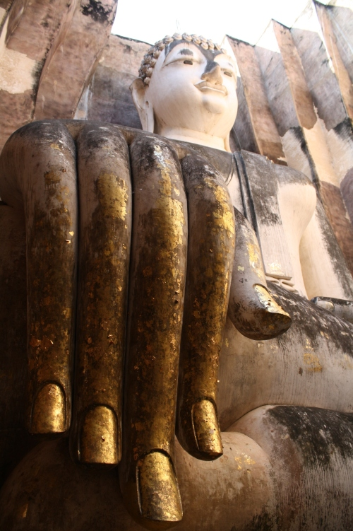 Buddha with long fingers, Sukhothai